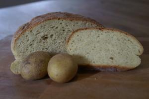 Brot mit Kartoffeln