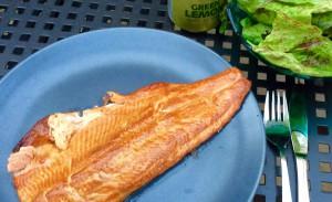 geräucherter Fisch vom Grill