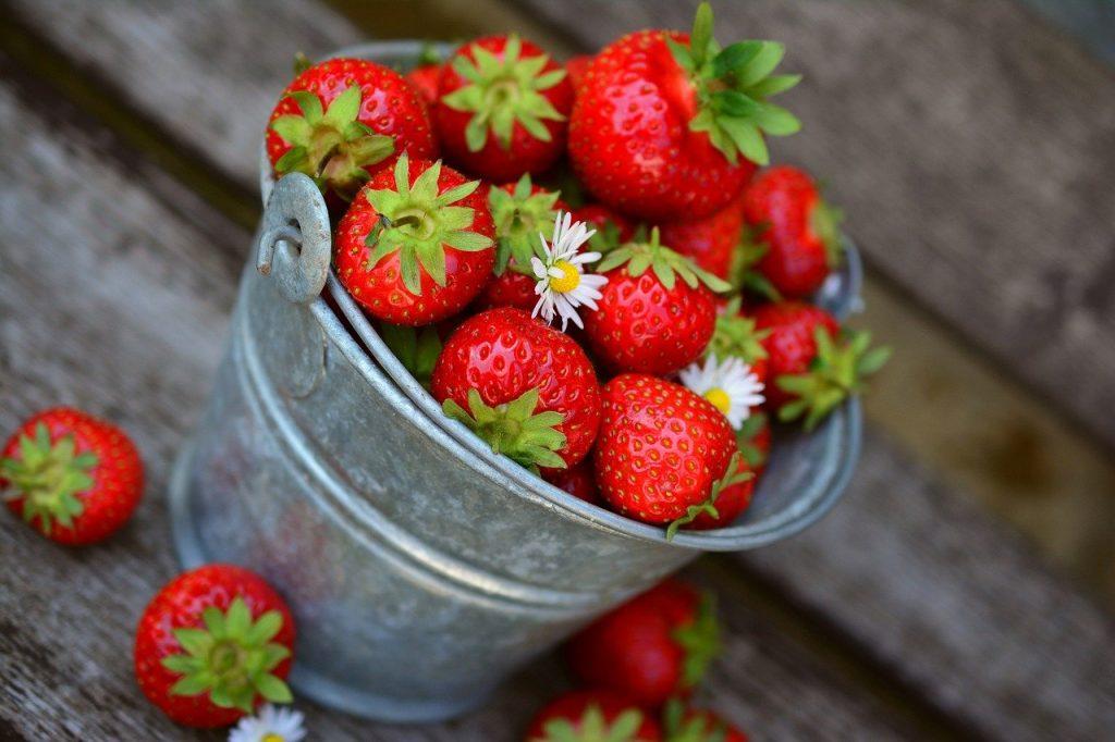 strawberries, fruit, delicious